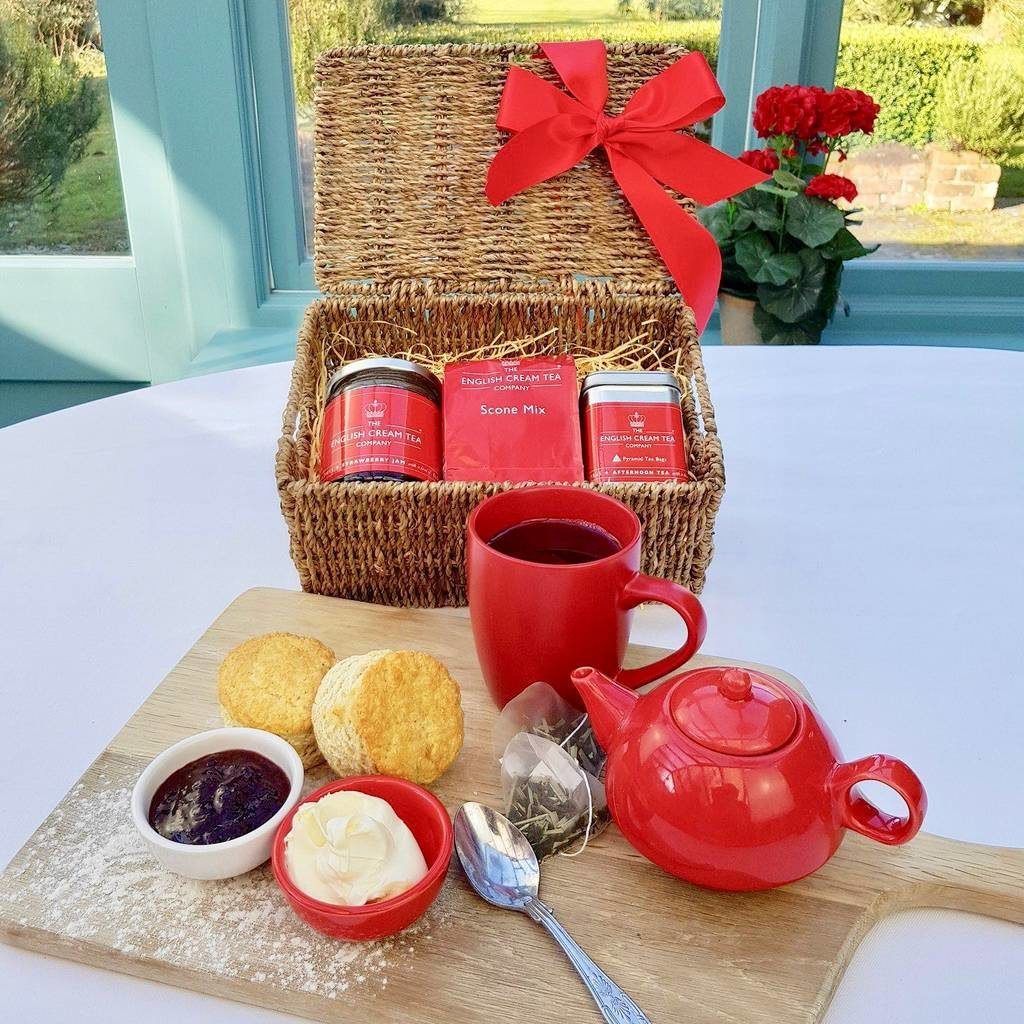 The afternoon tea hamper for Mother's Day. (NotOnTheHighStreet)