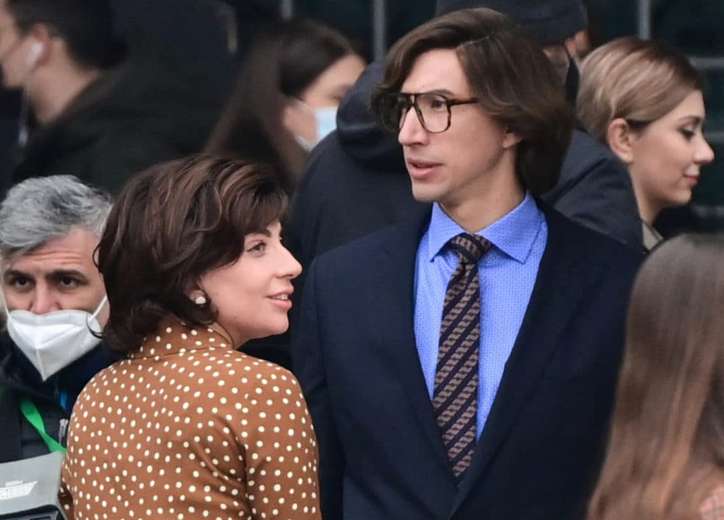 Lady Gaga (L) and US actor Adam Driver (R) in costume filming House of Gucci