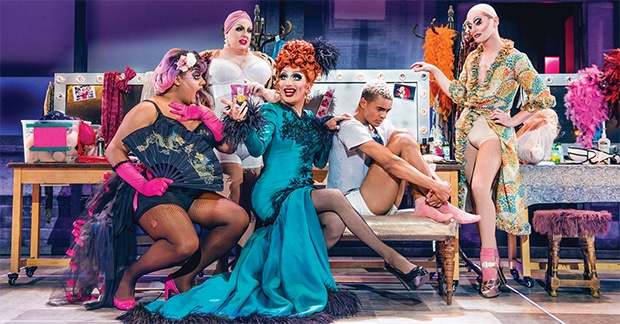 Bianca Del Rio will reprise her role as Hugo/Loco Chanelle for the Everybody's Talking About Jamie UK tour.