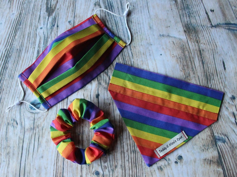 A matching rainbow set for you and your pet. (Etsy/TeddyandNicoSpot)