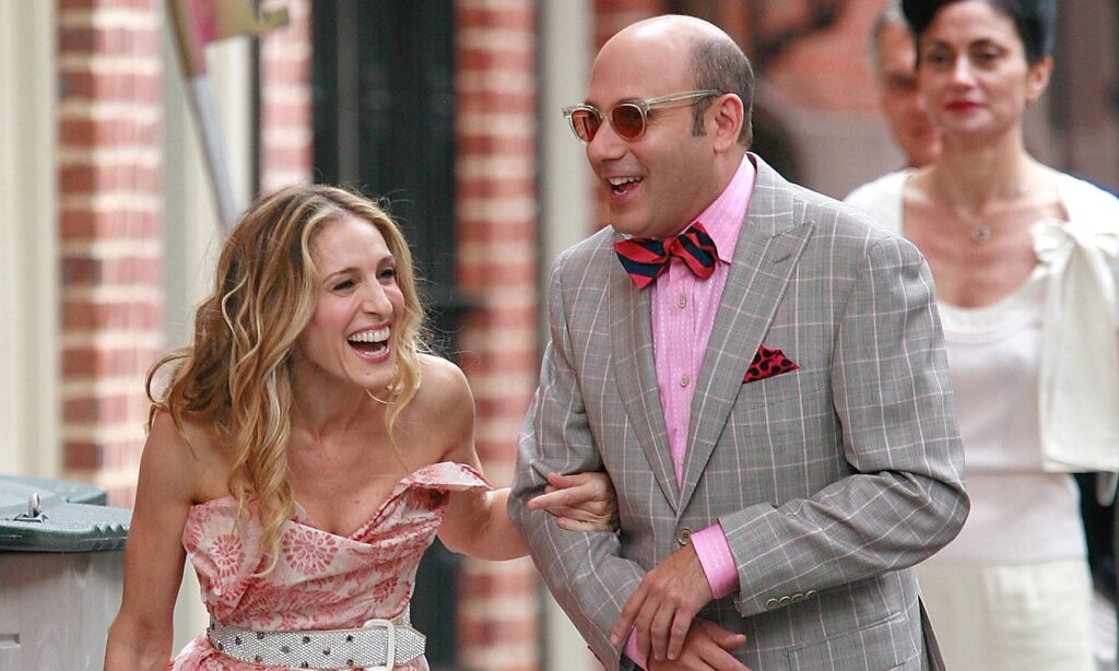 Willie Garson and Sarah Jessica Parker on the set of Sex and the City, laughing