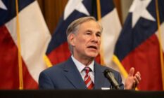 A picture of Greg Abbott during a press conference