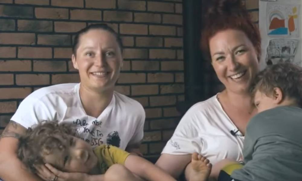 A still screenshot of Milena and Ola from a campaign video about LGBT+ families in Poland for Miłość Nie Wyklucza